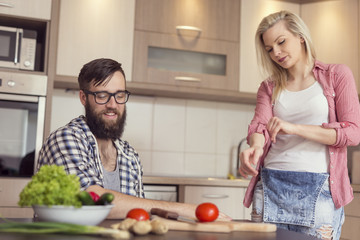 Couple preparing lunch