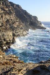 In Sardegna mare e cielo, acqua e rocce, tramonti e alba, un isola in Italia