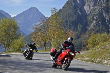 Wall Mural - Motorradfahrer am Plansee,  Ammergebirge