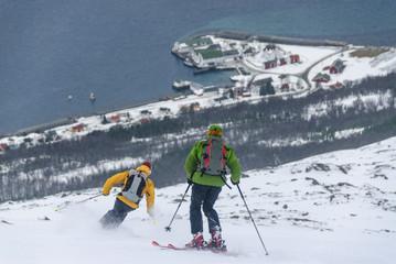 Wall Mural - Skifahrer in den Lyngen Alps am Polarkreis