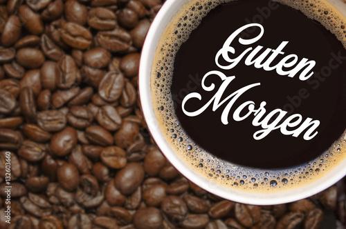 kaffeebohnen kaffee kaffeetasse stockfotos und lizenzfreie bilder auf bild 132603660. Black Bedroom Furniture Sets. Home Design Ideas