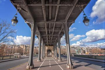 Wall Mural - Bir Hakeim bridge in Paris, France