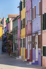 Die bunten Häuser von Burano bei Venedig