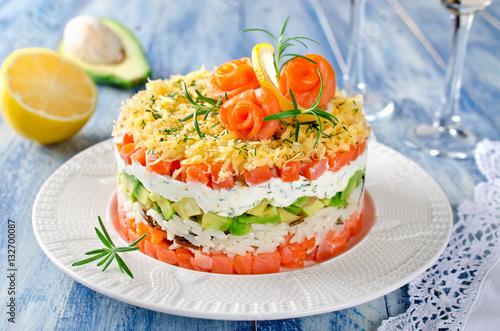 Праздничный салат с авокадо