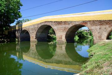 Puente Yayabo, Wahrzeichen von Sancti Spíritus, Kuba