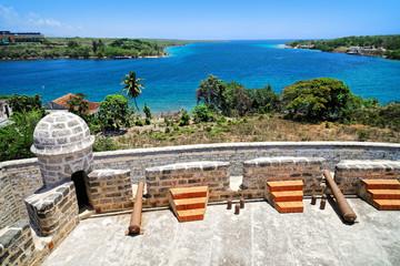 Blick von Castillo de Jagua auf Bucht von Cienfuegos, Kuba