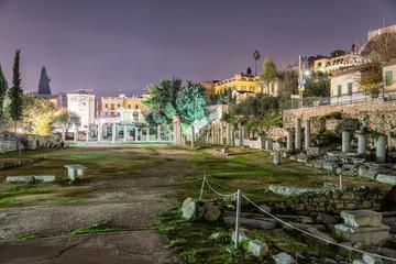 Blick auf den Antiken Römischen Markt in Athen bei Nacht