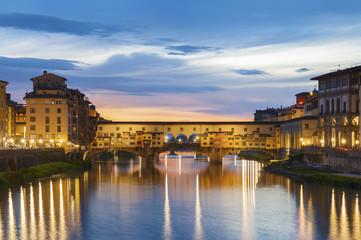 Fototapete - Ponte Vecchio - the bridge-market in the center of Florence, Tuscany, Italy