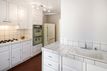 Baby Boomer Kitchen with white tiles
