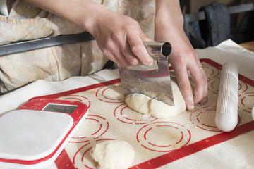 朝のパン作り