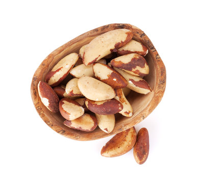 Brazilian nuts in bowl