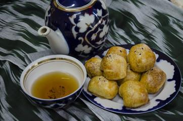Somsa with tea