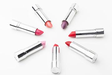 rouges a lèvres pour femme et mise en beauté
