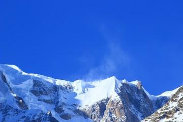 Snowy peaks on Mont Blanc