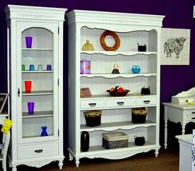 Furniture exhibits in reghin