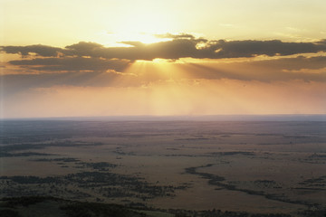 Tanzania, Serengeti National Park, Sunrise over Serengeti