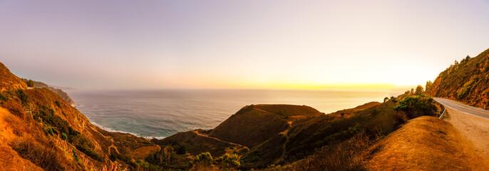 Panorama Highway No 1 - Sonnenuntergang