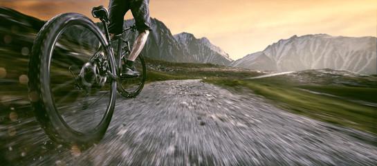 Mountain Bike fahren im Gebirge