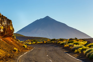 Türaufkleber Kanarische Inseln Road to El Teide Volcano at sunset in Tenerife, Canary island, Spain
