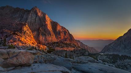 Fototapete - Radiating Pinnacle Ridgeline