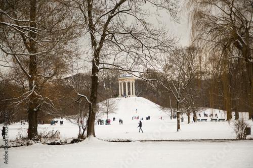 Englischer Garten Im Winter Monopteros Stock Photo And Royalty