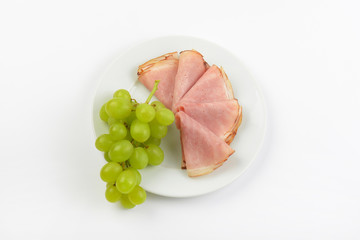 ham with white grapes