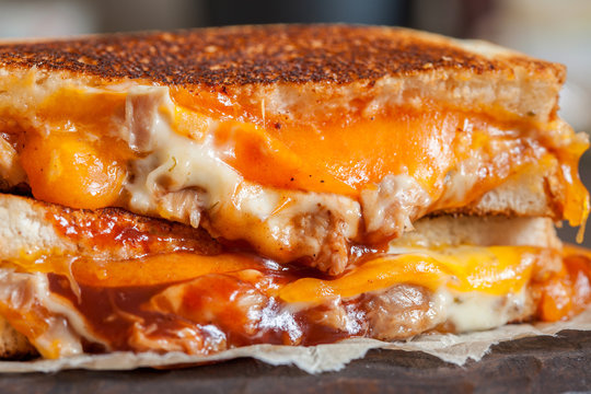 delicious grilled cheese sandwiches with chicken