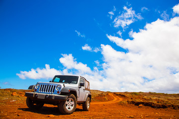 Offroading through the Garden of the Gods in a Jeep Wrangler in Lanai.
