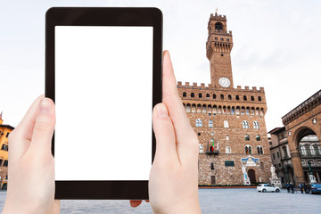 tourist photographs Piazza signoria with Palazzo