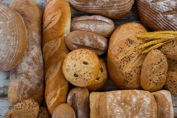 Deurstickers Bakkerij Different types of bread