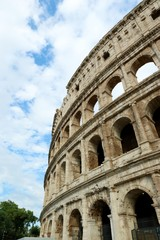 THE COLISEUM OF ROME, ITALY