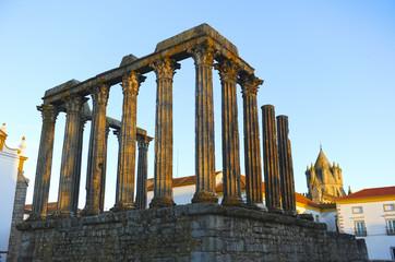 Évora, Templo de Diana y catedral, Alentejo, Portugal