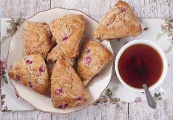Scones with red currants
