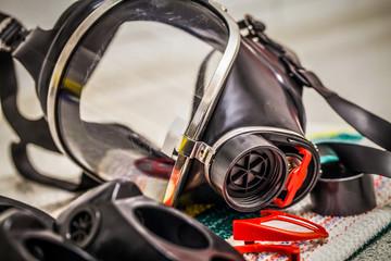 HDR - Feuerwehr Ausrüstung Atemschutzmaske