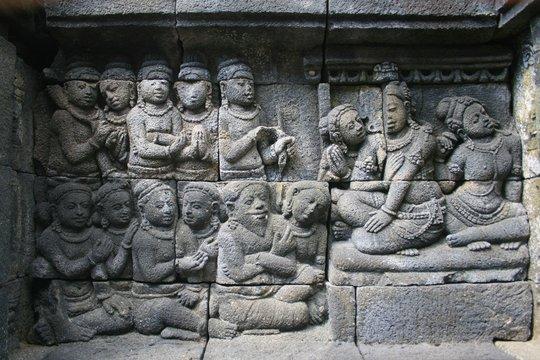 relief in the borobudur temple