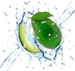Photo sur Aluminium Eclaboussures d eau avocado splash isolated