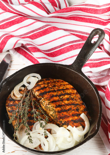 how to cook grilled chicken breast in a skillet