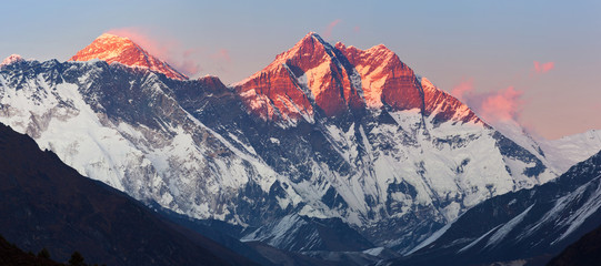 Sagarmatha peak, Nepal's segment of the Himalayas