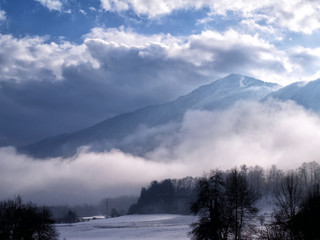 Fototapete - Misty winters day Soča Valley, Slovenia
