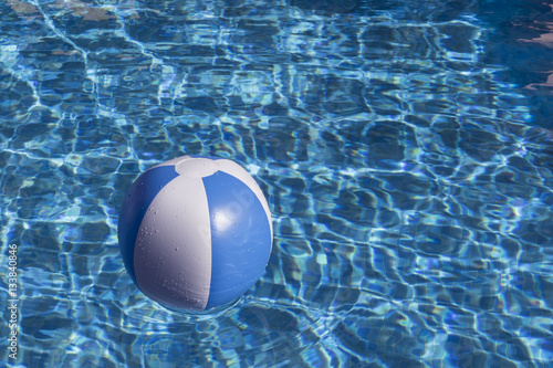 Balon inflable en la piscina stock photo and royalty for Pepa en la piscina