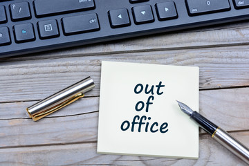 Out of office words on notes
