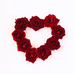 Image of heart shape made from red roses
