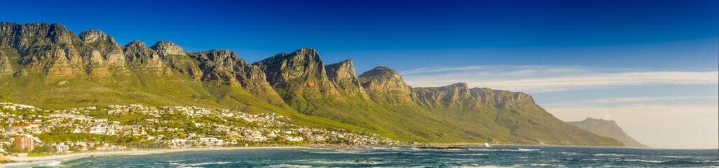 Staande foto Zuid Afrika Panorama of the Twelve Apostles in South Africa