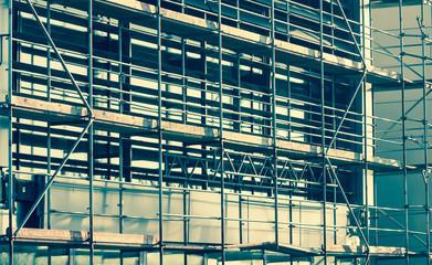 Baugerüst auf einer Baustelle Gewerbebau