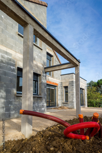 Chantier d 39 une maison en construction stock photo and for Assurance chantier construction maison