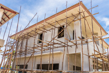building a scaffold with bamboo for home