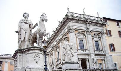 カンピドリオ広場の彫像(イタリア・ローマ)