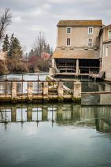 Ancienne usine à papier à Saint-Saturnin-lès-Avignon
