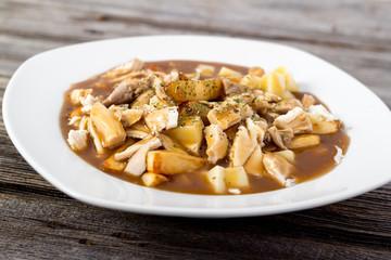 chicken poutine quebec cuisine