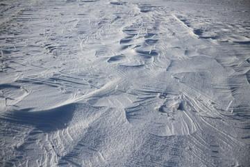 Schneeverwehungen auf der schwäbischen Alb